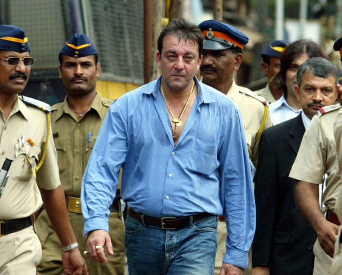 Sanjay Dutt compares Lockdown to being in Jail? - 1