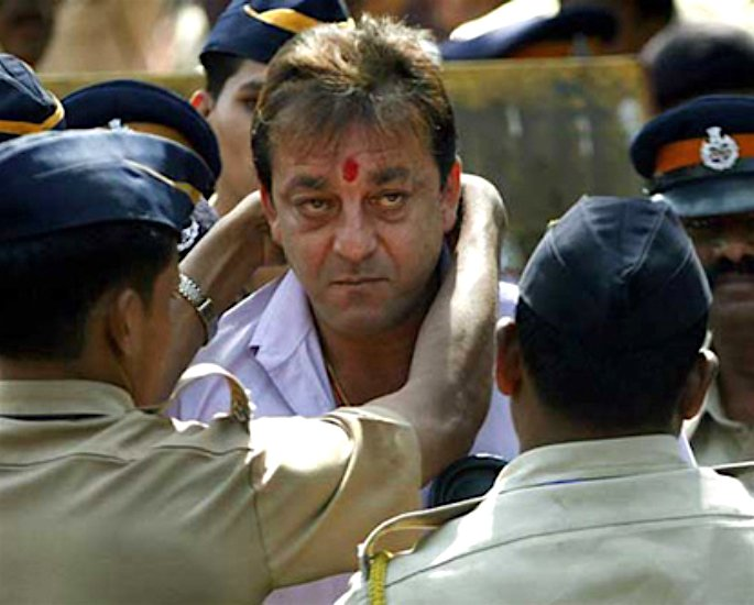 Sanjay Dutt compares Lockdown to being in Jail? - 2