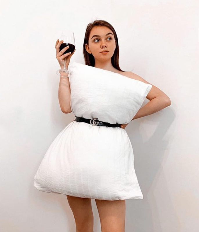 The 'Pillow Dress' Craze speaks Viral Creativity - 3