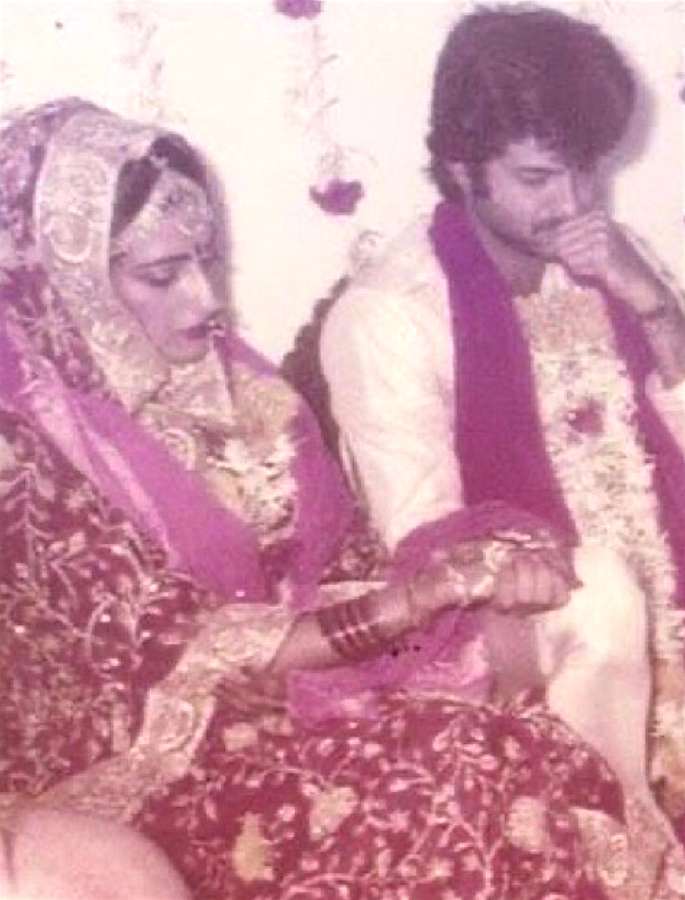 Anil Kapoor commits a 'Crime' on his Wedding Anniversary - wedding