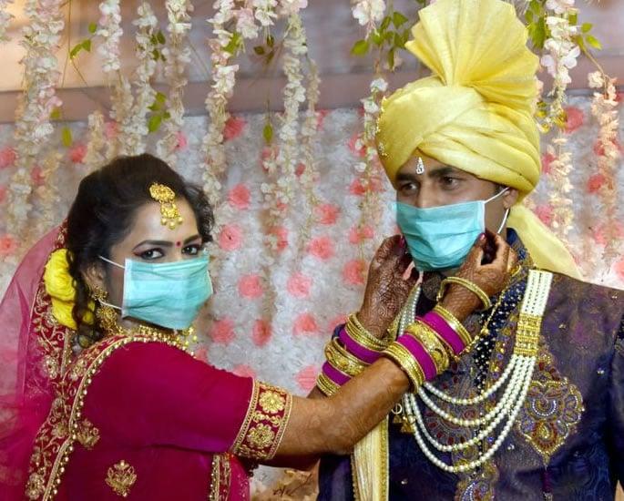 How Lockdown has humbled Big Fat Indian Weddings - couple
