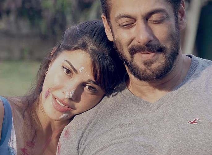 Salman Khan breaks records with His Song 'Tere Bina' - memory