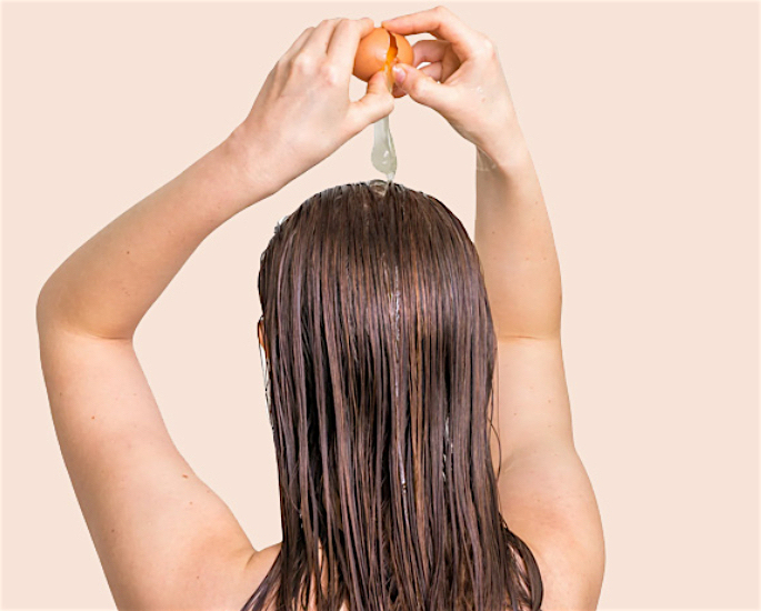 સ્વસ્થ વાળ માટે શ્રેષ્ઠ દેશી ઘરેલું ઉપાય - ઇંડા