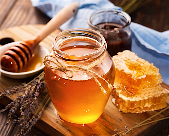 Best Desi Remedies to Treat Back Acne - honey