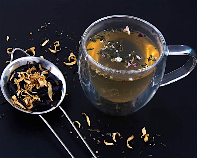 Best Desi Remedies to Treat Back Acne - tea