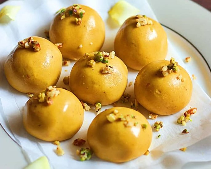 Different Types of Ladoo to Make at Home - besan