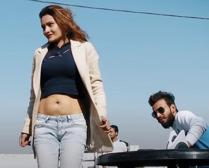 Indian Model Mahi Chaudhary Gun Fire Video goes Viral - video