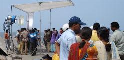 મહારાષ્ટ્ર સરકારે બ Bollywoodલીવુડને ફરીથી શૂટિંગ શરૂ કરવાની મંજૂરી આપી છે