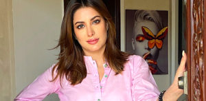 Mehwish Hayat: The Voice of the Nation 2028? - F2