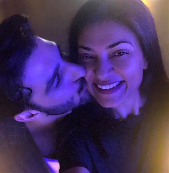 Sushmita Sen reveals BF Rohman Shawl initially Hid his Age - kiss