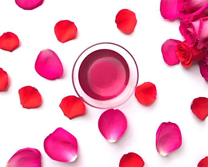 10 Best Benefits of Rose Water - water