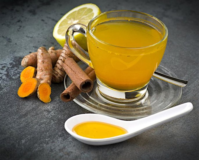 10 Ways To Use Turmeric In Your Beauty Routine - tea