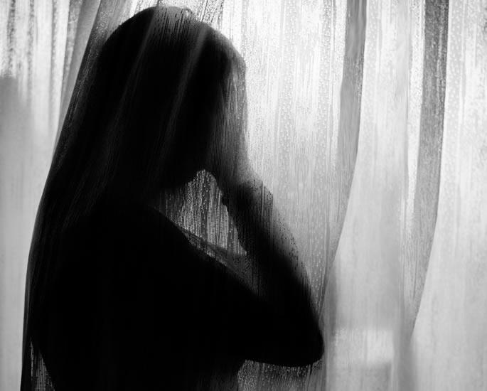 सबा कैसर ने बाल यौन शोषण के अपने अनुभव को साझा किया - किशोर