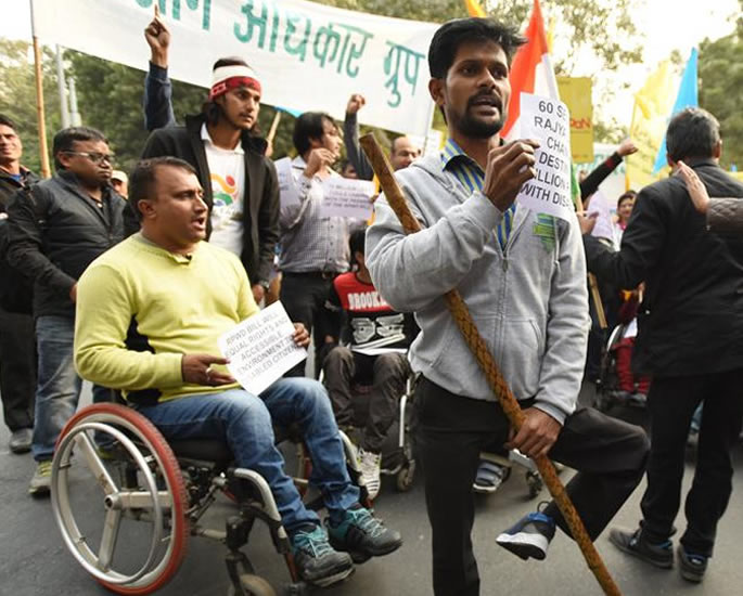 भारत में विकलांग लोगों के लिए दैनिक दुर्दशा - विरोध