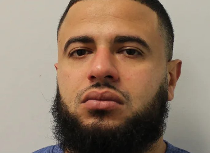 Two jailed for Stealing £37k Jewellery from Pawnbroker