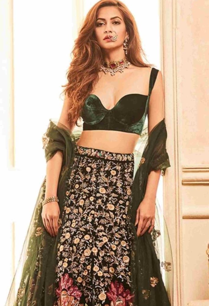 15 Best Dupatta Styles & Draping Trends - elbows