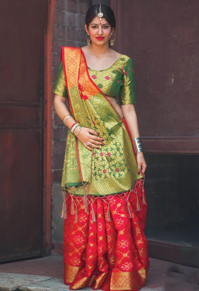 15 Best Dupatta Styles & Draping Trends - gujarati