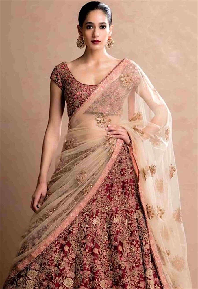 15 Best Dupatta Styles & Draping Trends - saree style