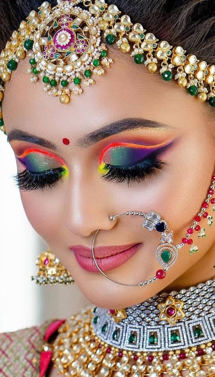 20 Stunning Photos of Desi Brides - colourful