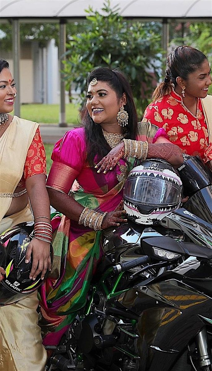 20 Stunning Photos of Desi Brides - motorbike