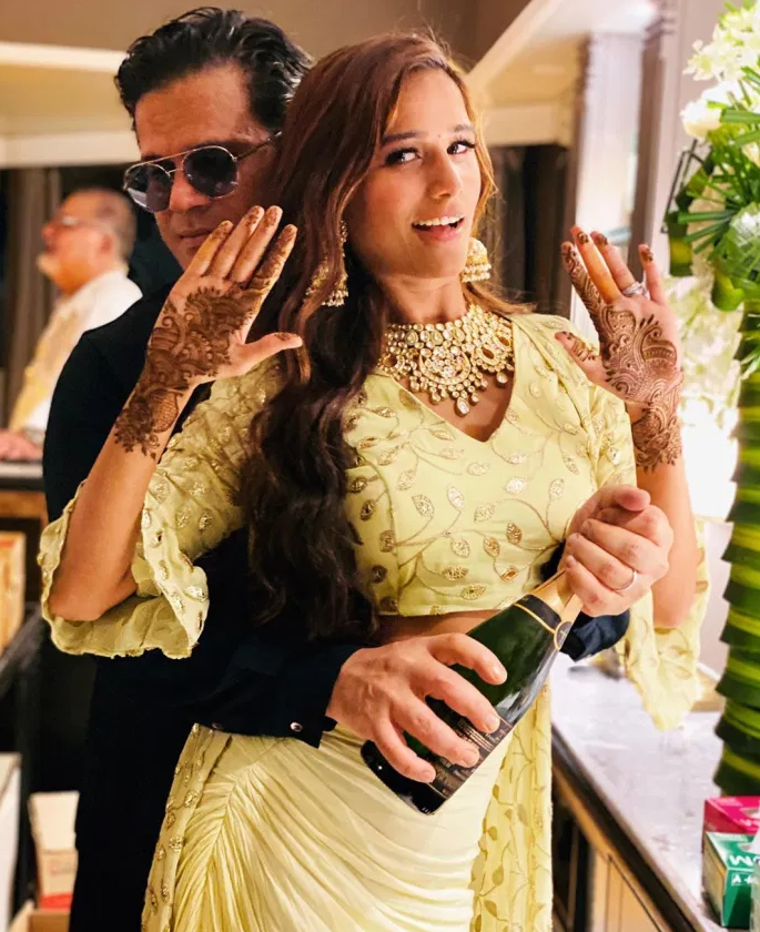 Poonam Pandey gets Married in low-key Ceremony 3