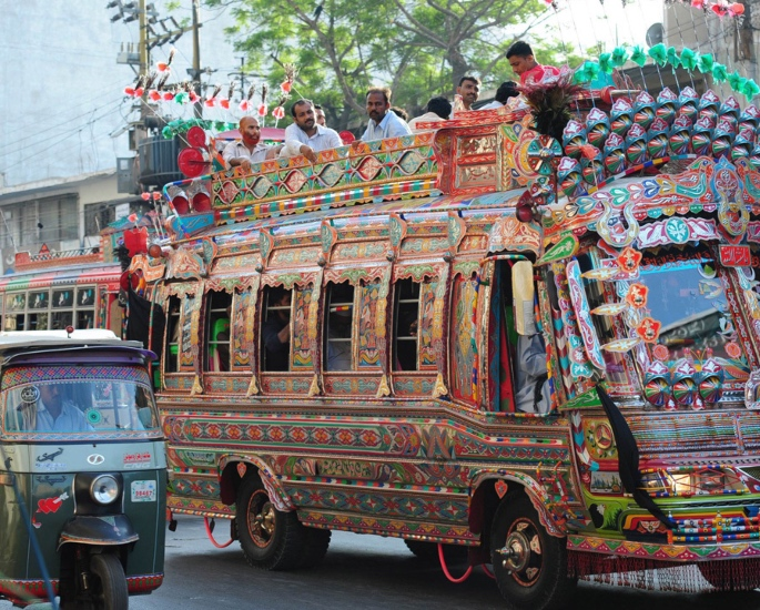 12 things to know before visiting Pakistan - transport