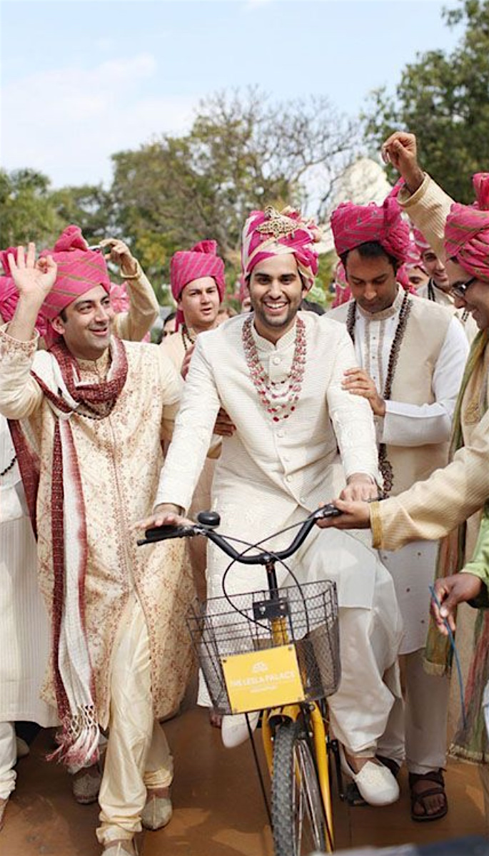 20 Amazing Desi Grooms Photos - bicycle