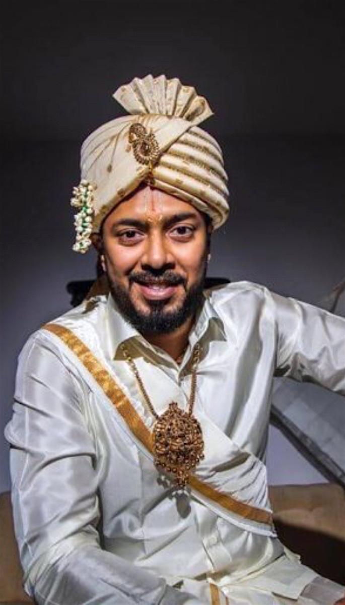 20 Amazing Desi Grooms Photos - jewellery