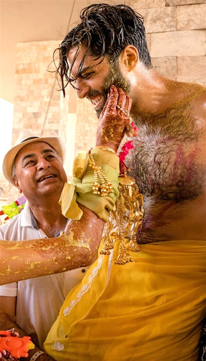 20 Amazing Photos of Desi Grooms - haldi
