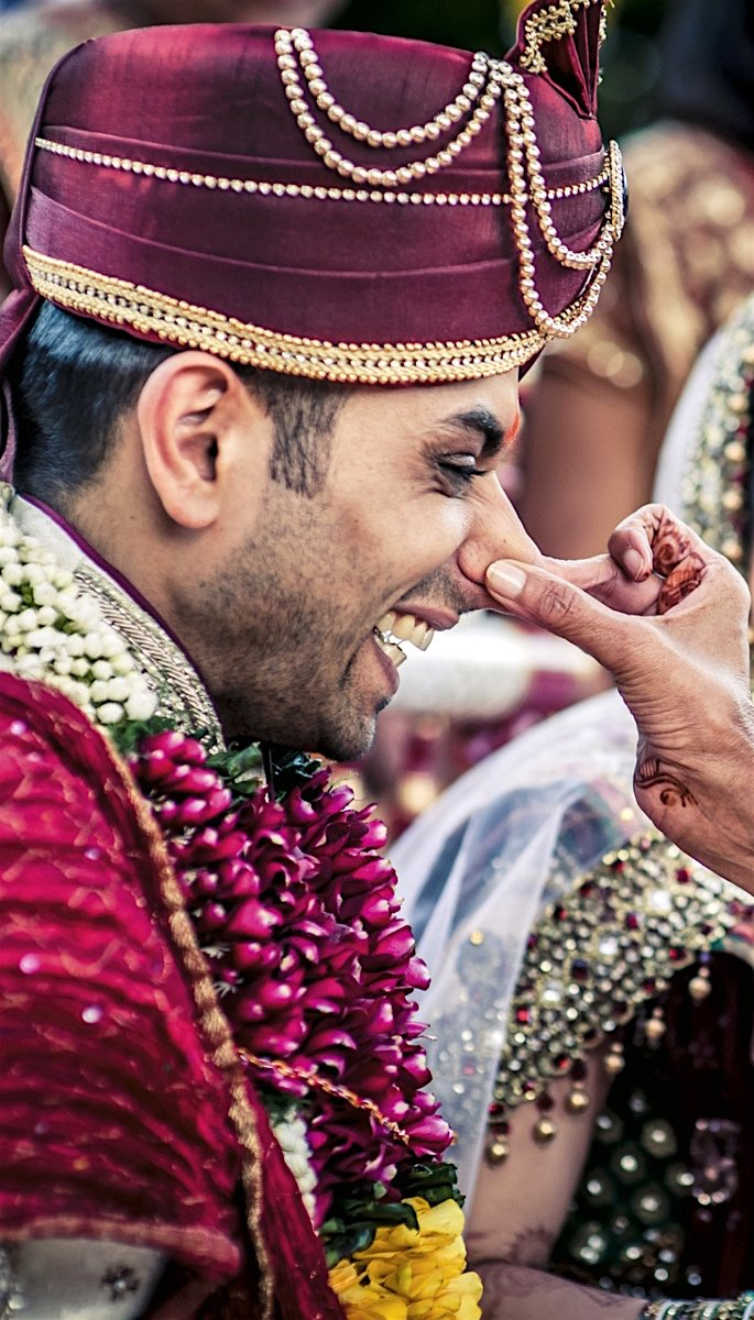 20 Amazing Photos of Desi Grooms - pinching nose