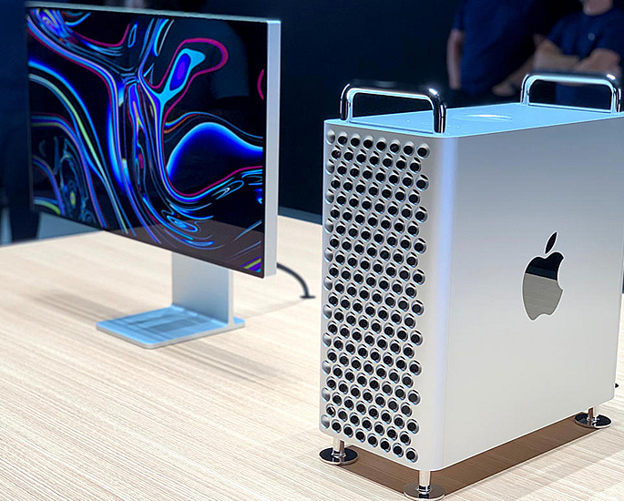 5 Amazing PC's which Cost over £10,000 - apple