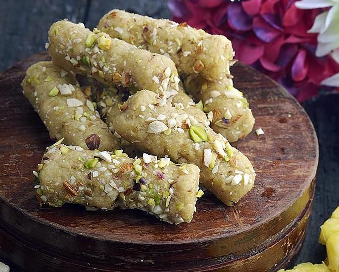 Dessert ya Matunda ya Desi 5 - roll