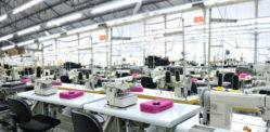 कपड़ों की फैक्ट्री में नकली पहचान वाले अवैध श्रमिक