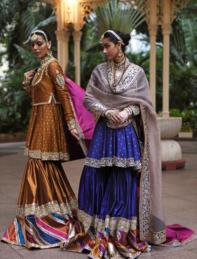 Lakme Fashion Week 2020_ Manish Malhotra pays Tribute to Artisans - women2