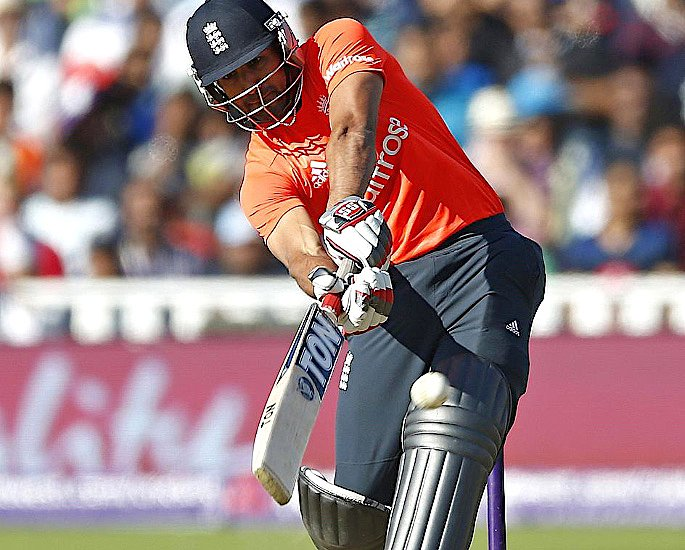 6 Top British Asian Cricketers of All Time - Ravi Bopara