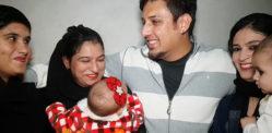 পাকিস্তানি ম্যান থ্রি বউয়ের সাহায্যে চতুর্থ স্ত্রীর সন্ধান করছে