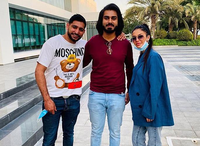 Amir Khan shows off new Dubai Holiday Mansion 2