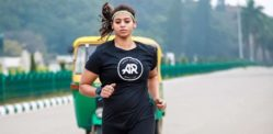 Pregnant Indian Woman finishes 10km Run
