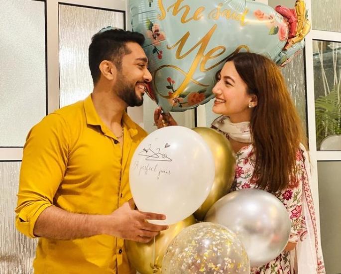 Gauahar Khan shares her Wedding card on Instagram-IA1