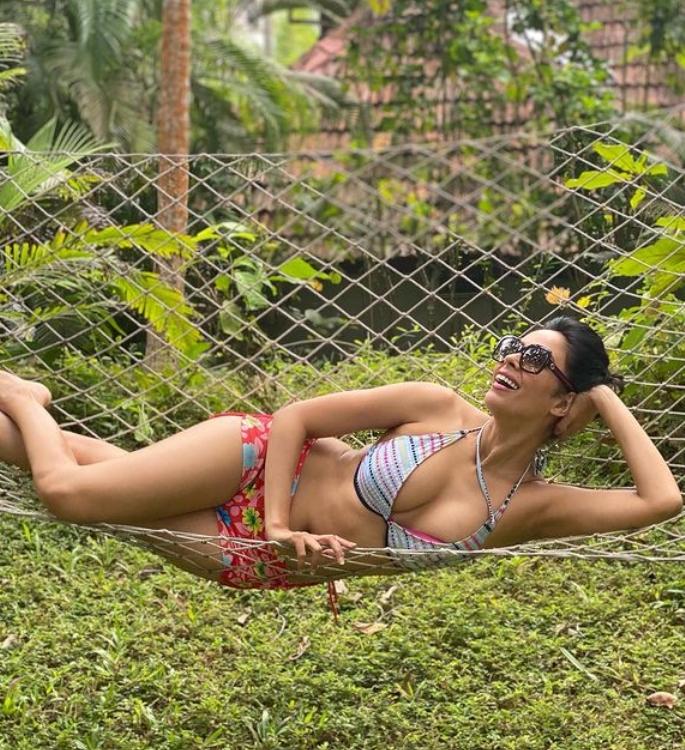 Mallika Sherawat looks Hot while on Holiday in Kerala-Mallika 2