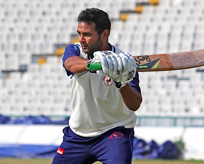 Parthiv Patel joins Mumbai Indians One Day after Retirement - Parthiv Patel