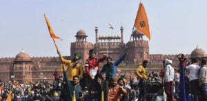 Indian Farmers Break Barricades and Breach Delhi's Red Fort f