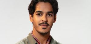 ایشان کھٹر آئندہ کردار کے لئے تامل سیکھ رہے ہیں