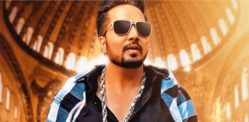 Mika Singh supports Farmers Protest by sending Water