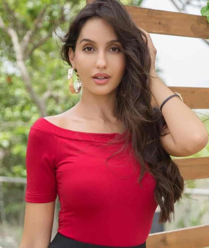 Nora Fatehi red in-article