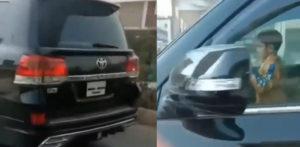 5 साल की उम्र के पाकिस्तानी लड़के ने ड्राइविंग कार च की