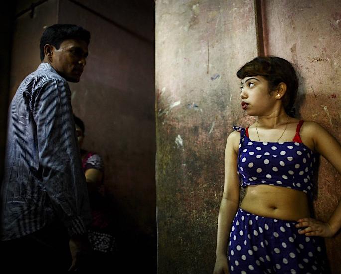भारत में 'मांस व्यापार' का उदय - बच्चा और आदमी