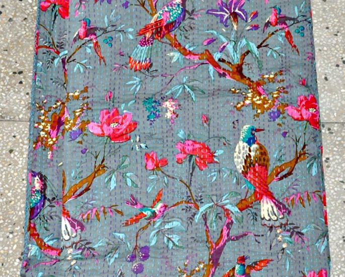 अपने घर के लिए 10 देसी कंबल आदर्श - कांथा
