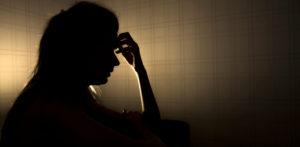 14 سال کی ہندوستانی لڑکی کے کنبہ نے اس کی فحش تصاویر وصول کیں