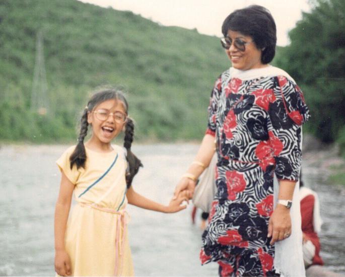1970 ના દાયકામાં વર્જિનિટી ટેસ્ટ અને ઇમિગ્રેશન - હુમા કુરેશી અને મમ
